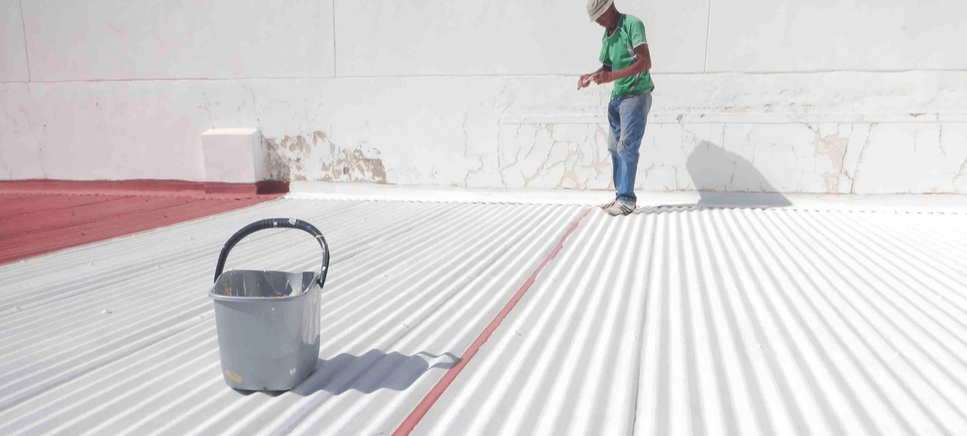Cool Roofs Indonesia team sees temperatures decrease by 10C after applying solar reflective paint